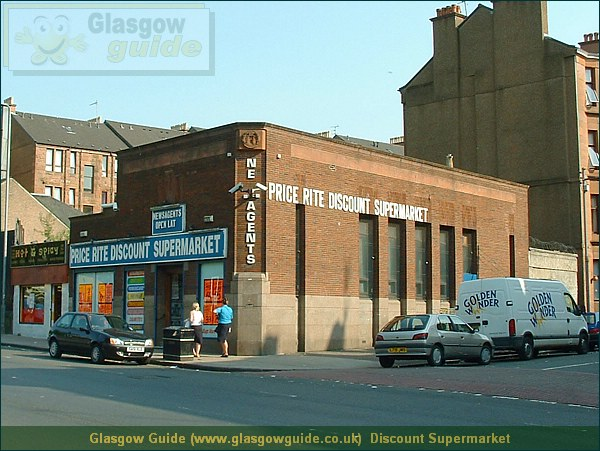 Glasgow City Guide Photograph: Glasgow Guide: Images: Discount Supermarket.JPG Discount Supermarket Alexandra Parade60.3 KB 22:30: 24 True color (24 bit) 16777216 Make: FUJIFILM Model: FinePix2800ZOOM DateTime: 02/01/2004 22:30:44 EXIFImageWidth: 1220 ExifImageLength: 915 Flash: Flash did not fire ISOSpeedRatings: ISO 100 ShutterSpeedValue: 1/338 sec ApertureValue: F4.76 FocalLength: 6.9 mm 02/01/2004 22:30:44 451 600 Discount Supermarket.htm