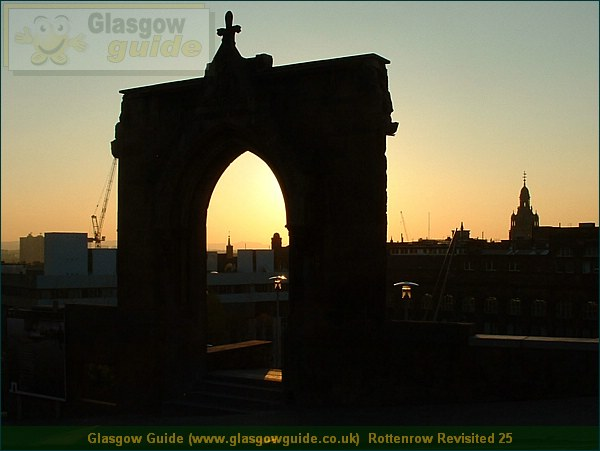 Glasgow City Guide Photograph: Glasgow Guide: Images: Rottenrow Revisited 25.JPG Rottenrow Revisited 25 Rottenrow Revisited30.1 KB 17:20: 24 True color (24 bit) 16777216 Make: FUJIFILM Model: FinePix2800ZOOM DateTime: 31/12/2003 17:20:39 EXIFImageWidth: 1408 ExifImageLength: 1056 Flash: Flash did not fire ISOSpeedRatings: ISO 100 ShutterSpeedValue: 1/256 sec ApertureValue: F8.28 FocalLength: 6 mm 31/12/2003 17:20:39 451 600 Rottenrow Revisited 25.htm