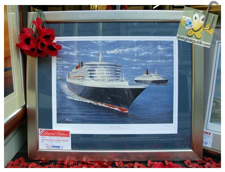 Glasgow City Guide Photographs: GG  QE2 visits the Clyde for the last time.jpg  31 December 2008 18:42