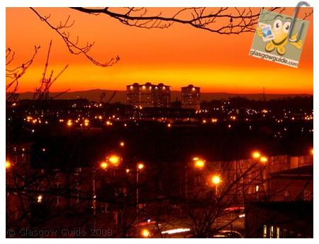 Glasgow City Guide Photographs: GG  Sunset over Springburn and Possilpark.jpg  31 December 2008 18:43