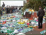 Glasgow City Guide Photographs: Jimmy Johnstone Funeral  Celtic Park 14.jpg  30 April 2006 12:30