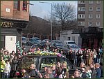 Glasgow City Guide Photographs: Jimmy Johnstone Funeral  London Road 08.jpg  30 April 2006 12:09
