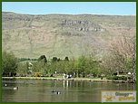 Glasgow City Guide Photographs: Lennoxtown  Whitefield Pond 09.JPG  11 July 2006 21:06